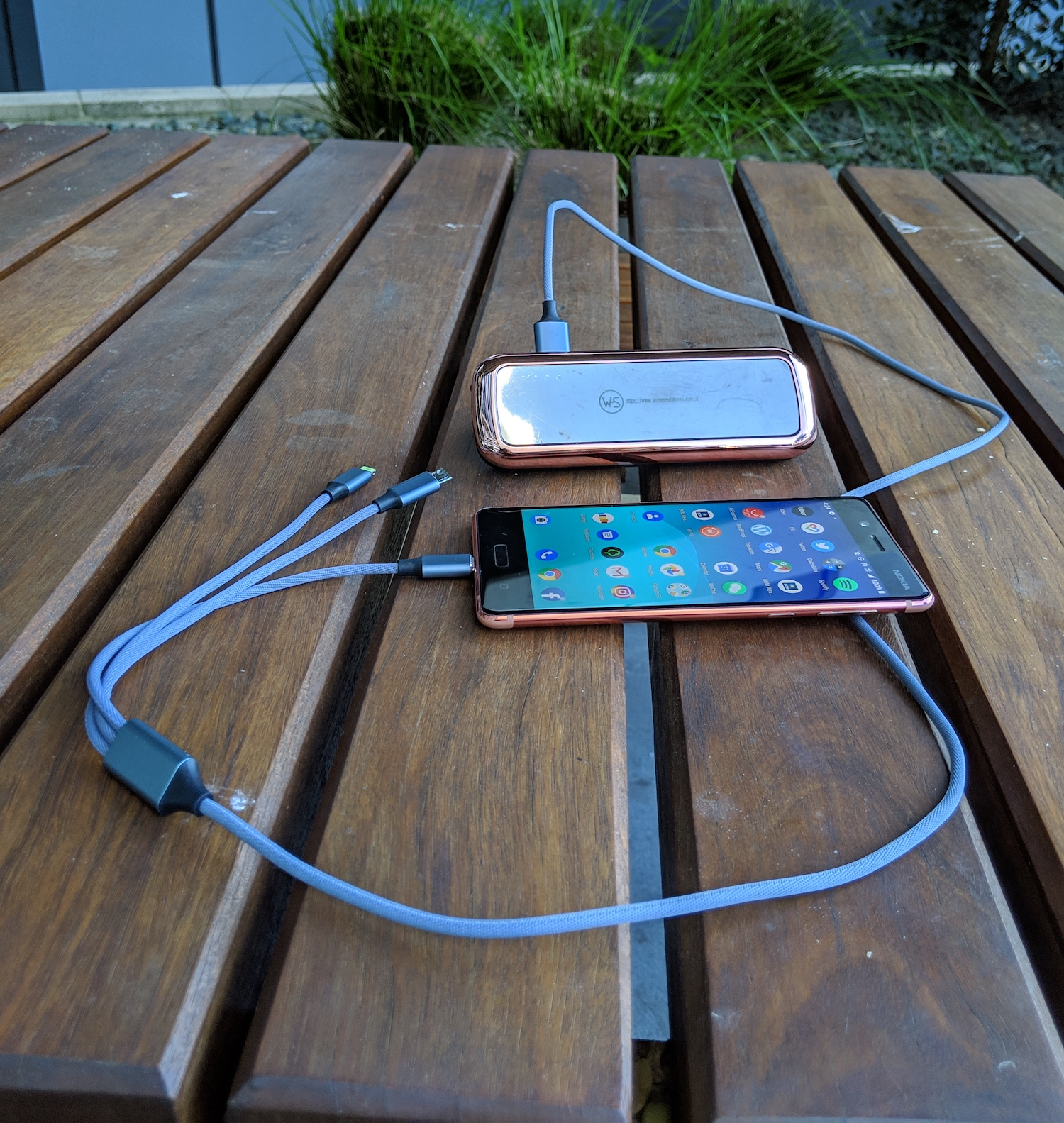 A multiCharger and Powerbank in action